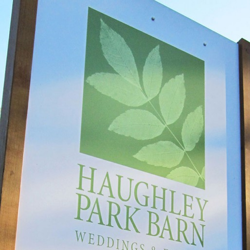 Haughley_park_sign